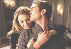 Serena Van Der Woodsen and Nate Archibald. Blake Lively and Chace Crawford. Gossip Girl.