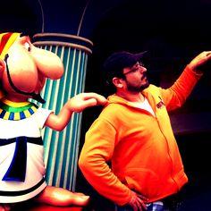 Parque Asterix...4 montanhas russas, duas de perder os miolos...dia delicioso! Viva a Gália!!!!