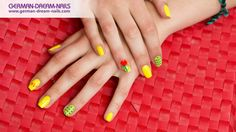 #Nailart #90er Style by www.gdn.de  #nails #nailart #naildesign #trendstyle #90s #jolifin