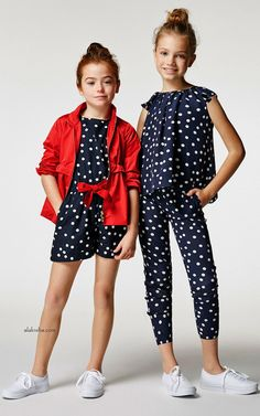Carolina Herrera& best proposition this season are a series of red and blue dresses nipped in at the waist with peppy floral sashes or jazzed up with floral full skirts. Elevated, easy dresses to wear everywhere from spring luncheons to summer getaways. Tween Fashion, Moda Fashion, Little Girl Fashion, Carolina Herrera, Dope Outfits, Kids Outfits, Red And Blue Dress, Blue Dresses, Little Fashionista