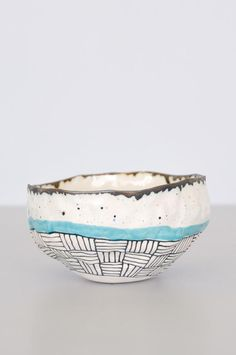 Hand-pinched bowl with blue stripe from Brooklyn artist Suzanne Sullivan. Due to their handmade nature, each bowl is different in pattern and size. Use to hold jewelry, small items or for kitchen serv Ceramic Tableware, Ceramic Clay, Ceramic Bowls, Ceramic Planters, Pottery Bowls, Ceramic Pottery, Pottery Art, Painted Pottery, Earthenware