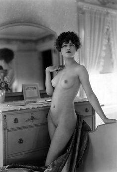 Vintage Charming Beauties