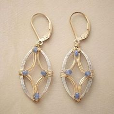 How to wire wrap beads on the outside of a wire frame to make a terrific heart… by rosebud2 by Makia55