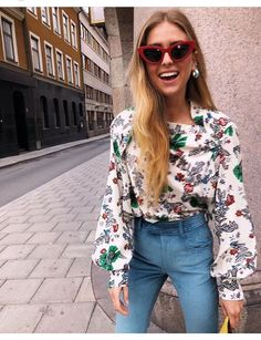 7 Fashion-Favorite Trends to Get You Out of Your Comfort Zone Spring Street Style, Spring Summer Fashion, Stockholm Fashion Week, Denim Outfit, Elegant Outfit, Look Cool, Everyday Fashion, Dress To Impress, Celebrity Style