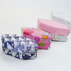 Origami long gem box.. Finally did a tutorial: https://youtu.be/eg1-l8nio_M Design: PaperKawaii #origami #gem #origamigem #origamibox #box #diy #foldoftheday #instaorigami #tutorial #instructions #paper #paperkawaii #cute #kawaii