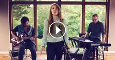 """Lauren Daigle's Beautiful Performance of """"Trust In You"""" Will Touch Your Heart"""