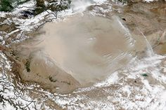 The Taklimakan Desert: A Factory for Dust Storms : Image of the Day : NASA Earth Observatory