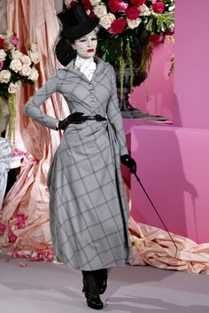 Christian Dior Spring 2010 Couture - Collection - Gallery - Style.com