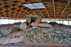 Dolmen de Dombate, o monumento megalítico más importante de Galicia. #costadamorte