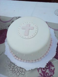 Torta comunion Holy Communion Cakes, First Holy Communion, Confirmation Cakes, Cupcake Cakes, Cupcakes, Friends Cake, Christening Cakes, Diy Cake, Cata