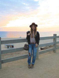 www.bisousmack.wordpress.com #fashion #losangeles #santamonica #fashionblogger #booties #boyfriendjeans