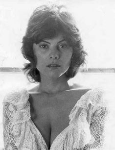 """The photo """"Adrienne Barbeau"""" has been viewed times. Adrienne Barbeau, Hollywood Glamour, Classic Hollywood, Tv Show Music, Helen Mirren, Famous Women, Classic Beauty, Movie Stars, Actors & Actresses"""