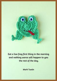 Crochet frog applique free pattern, heart-shaped frog Crochet Frog, Cute Crochet, Crochet Motif, Crochet Crafts, Crochet Projects, Crochet Patterns, Crochet Appliques, Crochet Ideas, Frog Applique Pattern