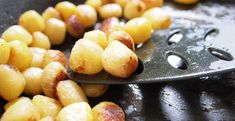 Mladé zemiaky pečené v rúre - Receptik.sk