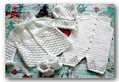 Crochet baby set in for drinks with cute pattern. - Crochet Designs Free
