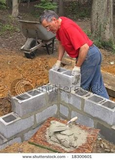 How to Build a Cinder Block House Cinder block corner. Going to combine this idea with the cinder block planter pin. Cinder Block House, Cinder Block Walls, Cinder Blocks, Concrete Projects, Outdoor Projects, Cinder Block Foundation, Greenhouse Plans, Large Greenhouse, Concrete Block Walls
