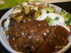 kotlety sojowe ziemniaczki zapiekane z ziolami sos pieczarkowo sojowy cena 10 zl