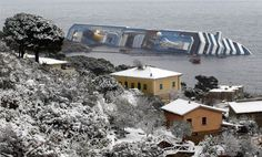 Luxury cruise ship Costa Concordia runs aground- slideshow - slide - 10 - TODAY.com