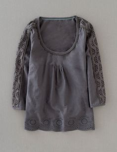 I've spotted this @BodenClothing Pretty Broderie Top Pewter