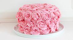 Rosentorte mit Erdbeeren und Himbeeren - Buttercreme Rosen Torte Rezept - YouTube