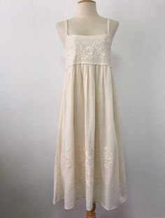 Your place to buy and sell all things handmade Wedding Sundress, Wedding Dresses, Cotton Blouses, Cotton Dresses, White Nightgown, Mexican Dresses, Plus Size Maxi Dresses, Embroidered Blouse, Boho Dress