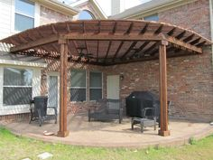 The pergola kits are the easiest and quickest way to build a garden pergola. There are lots of do it yourself pergola kits available to you so that anyone could easily put them together to construct a new structure at their backyard. Corner Pergola, Small Pergola, Deck With Pergola, Outdoor Pergola, Wooden Pergola, Covered Pergola, Backyard Pergola, Diy Patio, Pergola Plans