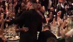 ¿Quién es la mujer que pagó 90 mil dólares por un beso de Ricky Martin? | Radio Panamericana