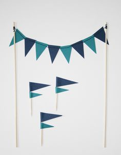 diy: flag toppers + pennant garland.