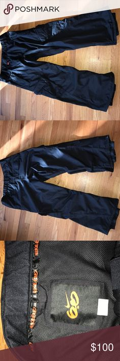 Nike 6.0 black men's snowboard pants size L Great snowboard pants in good shape, a scratch across back thigh area shown on last picture.   ‹› 2-layer twill fabric ‹› Waterproof 10,000mm/ Breathable 10,000gm ‹› Fully taped seams ‹› Moisture-wicking Nike DRI-FiT mesh ‹› Inseam venting with micro mesh ‹› Adjustable waistband Read more at http://www.snowboarder.com/gear/nike-budmo-pant-2011/#bIsvuzxbg75Fjlvo.99 Nike Jackets & Coats Ski & Snowboard