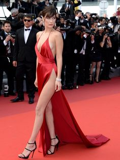 2016 Deep V Neck Backless Bella Hadid Celebrity Dresses Long Red Carpet Dresses with High Slit Evening Prom Party Gowns Bella Hadid, Sexy Dresses, Nice Dresses, Formal Dresses, Celebrity Inspired Dresses, Celebrity Dresses, Robes Glamour, Vestidos Sexy, Pin Up Girls