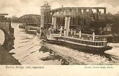 a paddle steamer at Barton