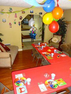 Super Mario Bros party decor