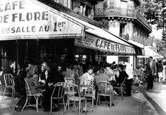 Café de Flore - St-Germain Paris 1949 - AFP Agency