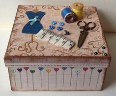 naaidoosje / sewing box