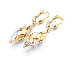 313e75b28 Zlaté dámské náušnice visací, ozdobené spirálovým kroucením ze dvou druhů  zlata. Levné nové zlato