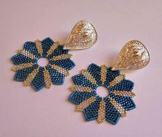 """Tutorial earrings """"Stars"""" circular peyote beads - Rocailles and Delica Miyuki in Silver and Blue colors - Circle pattern Beaded Earrings Patterns, Peyote Beading, Diy Earrings, Beading Patterns, Hoop Earrings, Seed Bead Jewelry, Bead Jewellery, Seed Bead Earrings, Bead Earrings"""