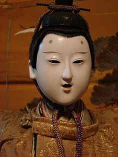 he even has fasteners on his clothing Hina Dolls, Art Dolls, Empress Dowager Cixi, Vintage Japanese, Japanese Doll, Ichimatsu, Asian Doll, Japan Art, Doll Crafts