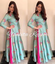 Silk Kurti Designs, Kurta Designs Women, Kurti Designs Party Wear, Lehenga Designs, Party Wear Indian Dresses, Designer Party Wear Dresses, Pakistani Outfits, Indian Outfits, Mode Bollywood