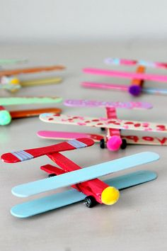 40 Creative Popsicle Stick Crafts For Kids,Popsicle sticks are one of those craft items which you can always find in your craft stash. They are so inexpensive, fun and provide endless options f. Summer Crafts For Kids, Spring Crafts, Projects For Kids, Diy For Kids, Craft Projects, Popsicle Stick Crafts For Kids, Craft Stick Crafts, Popsicle Sticks, Plate Crafts