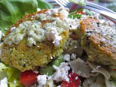 Seasoned to Taste - couscous cakes with artichokes, feta and creamy mint sauce. Healthy vegetarian meal!