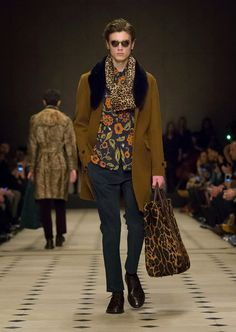The Spell Of Fashion: Burberry Prorsum A/W15 Menswear  http://themariopersonalshopper.blogspot.com.es/2015/01/burberry-prorsum-aw15-menswear.html