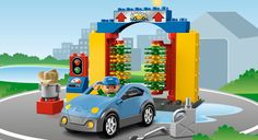 5696 Car Wash Cute! Who knew they made a car wash...My kids are going to love the new duplos  #LegoDuploParty