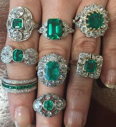 💚Our Emerald collection is strong! 💪🏽💚 Even would approve! 😉 (at Lang Antique & Estate Jewelry) Antique Engagement Rings, Antique Rings, Antique Jewelry, Vintage Jewelry, Emerald Jewelry, Enamel Jewelry, Fine Jewelry, Emerald Rings, Jewellery