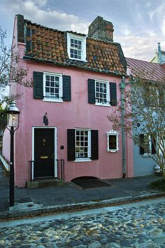 The Historic Pink House in Charleston 1690 Photograph
