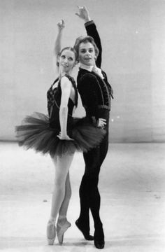 Mikhail Baryshnikov and Natalia Makarova by Max Waldman in Giselle at the Metropolitan Opera, 1975
