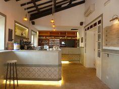 "Restyling Bar Ristorante ""Ribot"" - Olgiata Roma: Rivestimento Bancone"