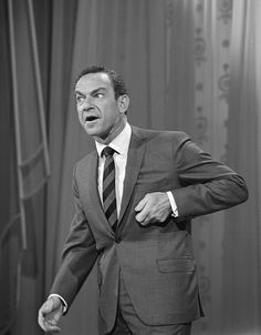 THE NEW YORK TIMES (June 29, 2015) ~ Legendary comedian Jack Carter dies at 93. [Click for obituary]