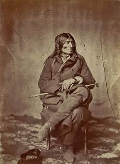 Oupi-yah-day-ya (aka Extends The Train Of His Headdress, aka Extended Tail Feathers, aka Tail Feathers Joined, aka Big Curley Head), in Washington, D.C. - Wahpeton - 1858