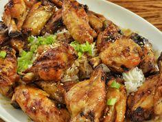 Aprende a cocinar esta sencilla receta de pollo al ajillo con nosotros, de una forma sencilla y sana.