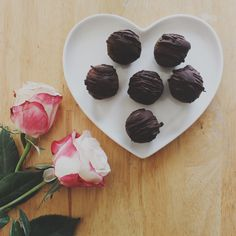 Healthy chocolate truffles + WIN this darling heart shaped plate! wildeatheart.com Healthy Chocolate, Chocolate Truffles, Heart Shapes, Panna Cotta, Plates, Ethnic Recipes, Desserts, Food, Licence Plates